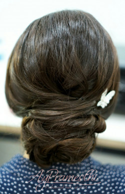 Portfolio-7-Hairdo-by-me-for-Sendy-JKT-48-engagement-party-oleh-Dyah-Ayu-Pramesthi-di-HelloBeauty