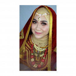 Portfolio-4-oleh-Pi_make_up-di-HelloBeauty