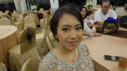 Portfolio-4-Bridesmaid-Makeup-oleh-Anggita-MakeUp-di-HelloBeauty