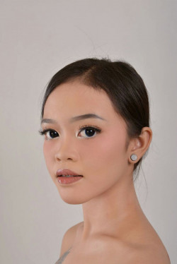 Portfolio-4-Make-Up-Anita-oleh-Anita-Damayanti-di-HelloBeauty