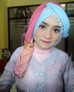 Portfolio-1-Make-Up-Anita-oleh-Anita-Damayanti-di-HelloBeauty