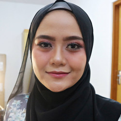Portfolio-2-Simple-makeup-oleh-Bymarliana-di-HelloBeauty
